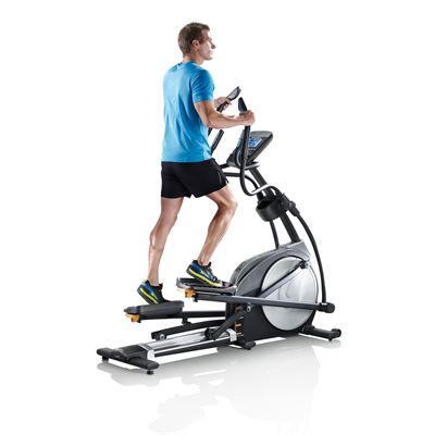 Man using a crosstraining machine